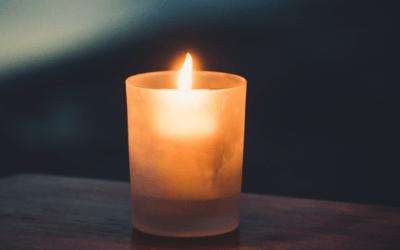 – Light Breaks In – Advent 2020